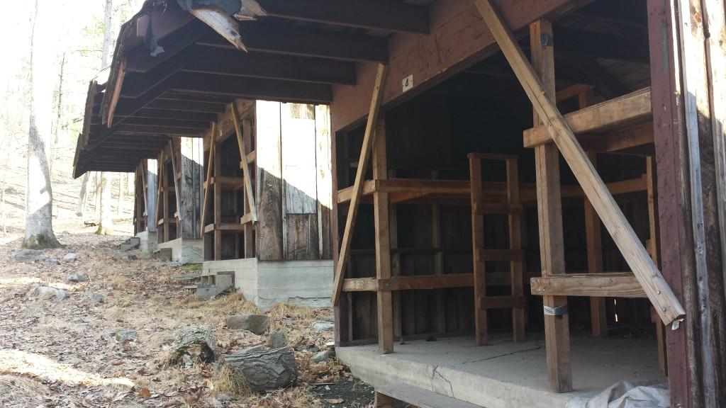cabins-side20150425_175241